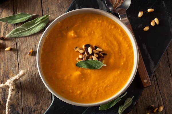 carrot ginger and turmeric hormone detox soup